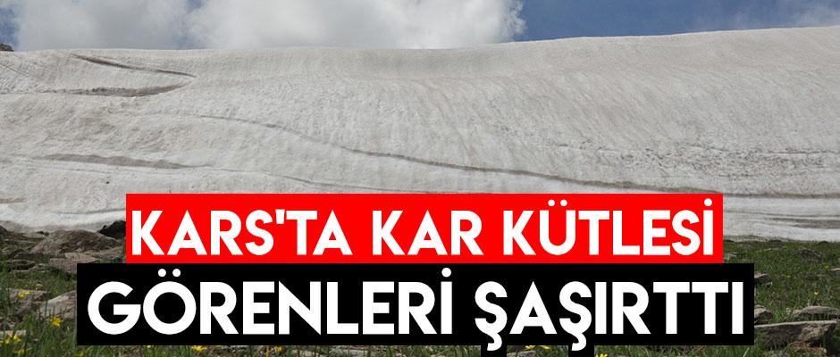 Kars'ta Kar Kütlesi Görenleri Şaşırttı