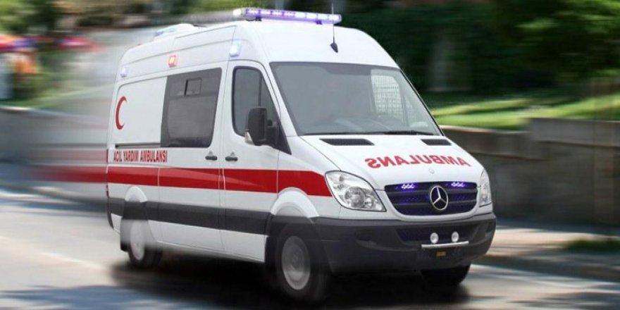 Kars'ta  merdivenlerden düşen kişi ağır yaralandı