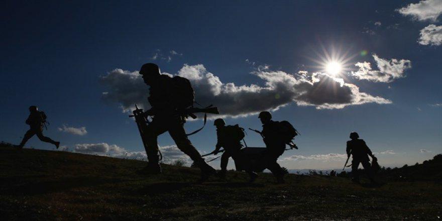 Kars'ta Güvenlik korucularının dikkati teröristlerin planını bozdu