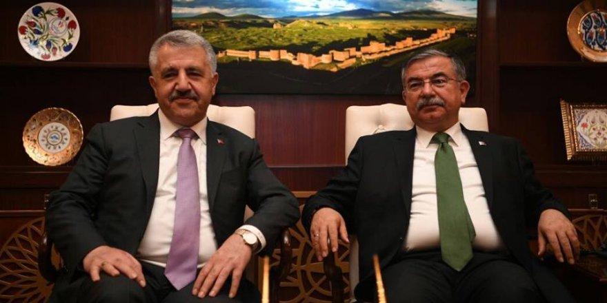 """Bakan Arslan: """"Kağızman'da Fen Lisesi açılıyor"""""""