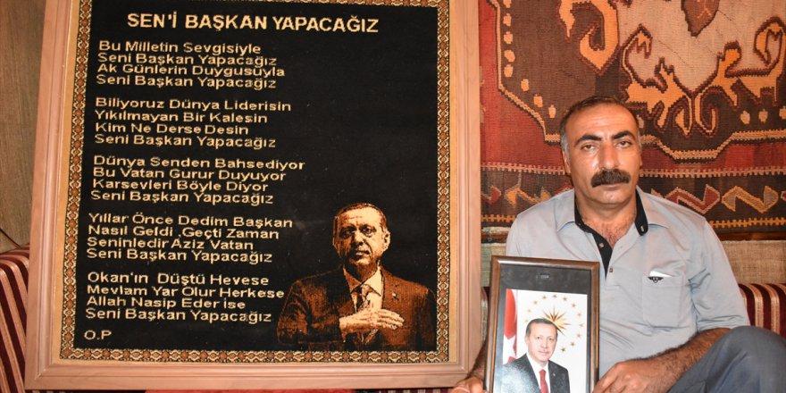 Kars'ta Cumhurbaşkanı Erdoğan'a şiir yazıp halıya işletti