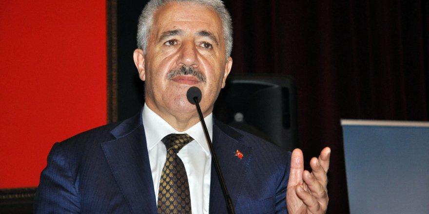 """Bakan Arslan: """"Barzani dahil, herkesin aklını başına toplaması lazım"""""""