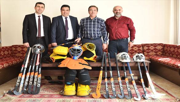 Pursaklar Belediye Başkanı Çetin'den Sarıkamış'a Spor Desteği