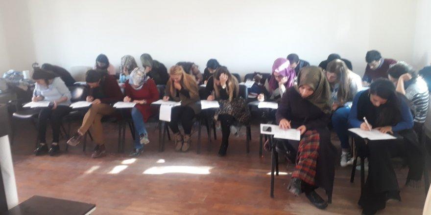 Kars'ta, aile programı kapsamında 'eğitici eğitimi' düzenlendi