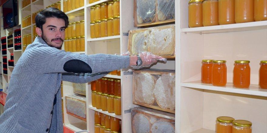 Kars'ın peynirleri özel kutuya girdi
