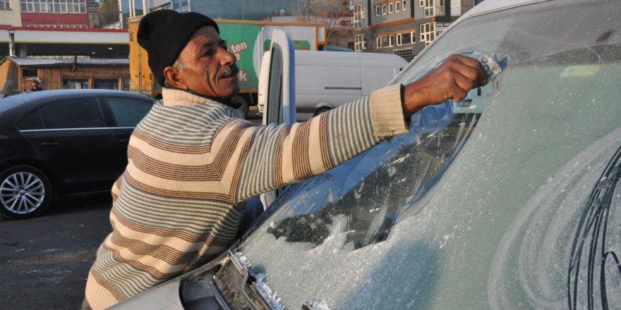 Kars'ta soğuk etkili oluyor