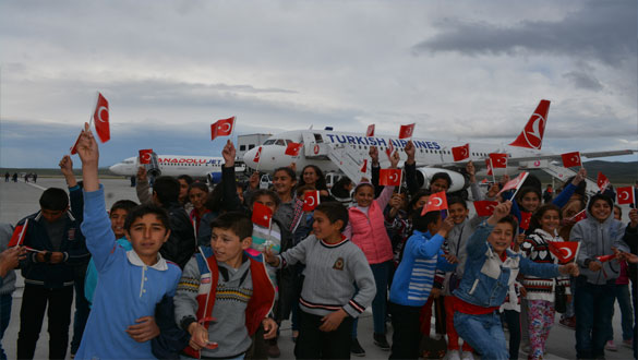 Karslı Öğrenciler İlkkez Havaalanı Gezdi