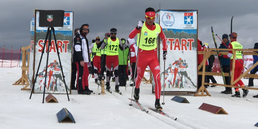 Sarıkamış'ta Kayaklı Koşu K1 Ligi Türkiye Şampiyonası yarışları başladı