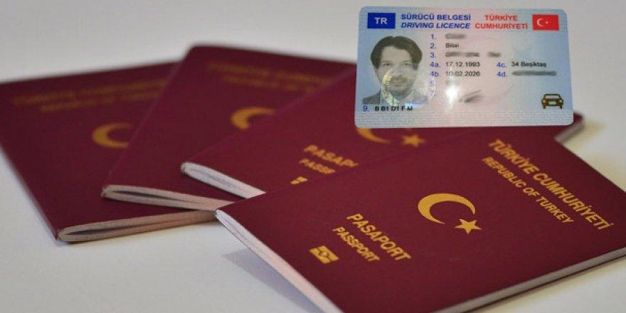 Yeni kimlik, ehliyet ve pasaportlarla ilgili kritik açıklama! 2 Nisan'da başlıyor