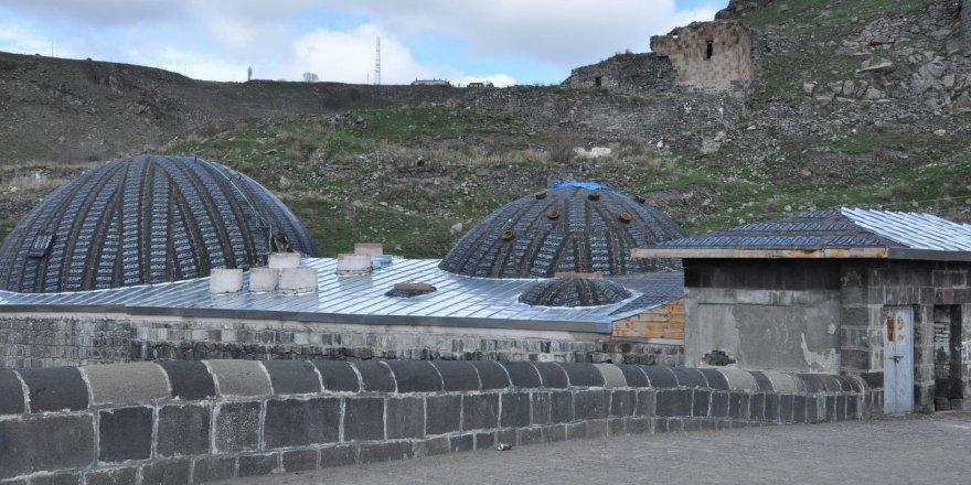 Tarihi Muradiye Hamamı turizme kazandırılıyor