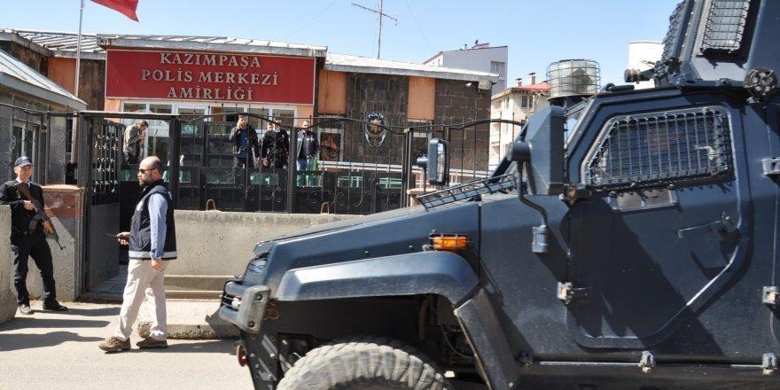 Kars'taki Bıçaklı Kavgada Bir Kişi Tutuklandı