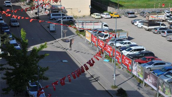 Kars Türk Bayrakları İle Donatıldı