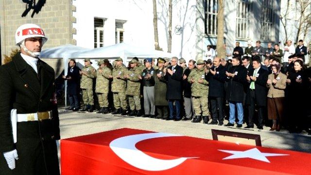 ŞEHİT POLİS ALAGÖZ'ÜN CENAZESİ IĞDIR´A GETİRİLDİ