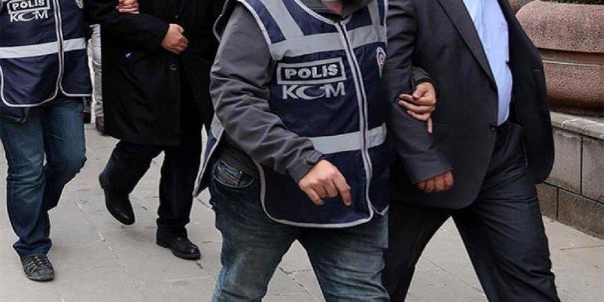 Kars polisinden dolandırıcılara patlak çek operasyonu