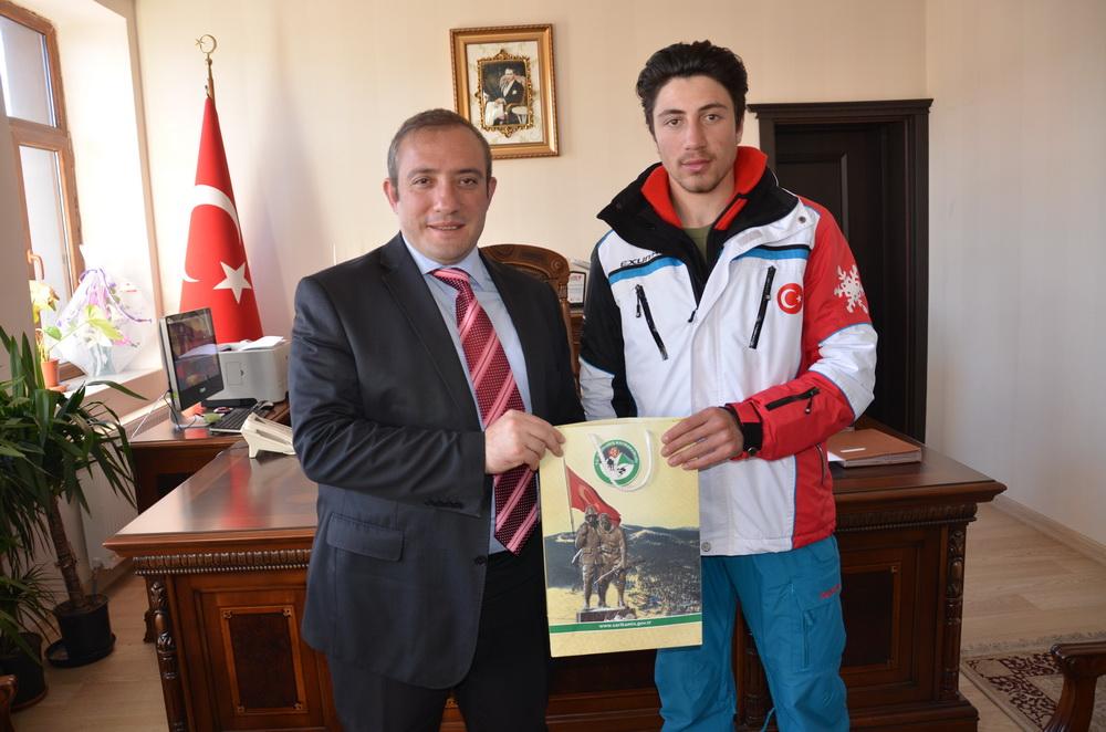 Başarılı sporcudan Kaymakam Karaman'a ziyaret