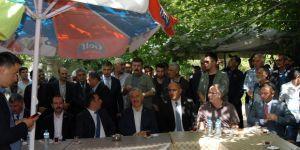 Bakan Arslan hemşehrileriyle bayramlaştı