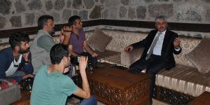Vali Doğan, GAMP Konağı'nda basınla buluştu