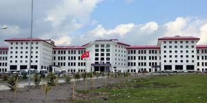 ARÜ'de 5 Personel Açığa Alındı