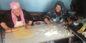 Kars'taki kadınların Kurban bayramı mesaisi