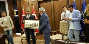 Kars Belediye Başkanı Murtaza Karaçanta 19 ülkenin katıldığı dünya tarihi kentler birliği konferansına katıldı