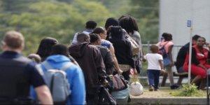 Bakan duyurdu: O ülke 1 milyon göçmen alacak!