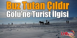 Buz Tutan Çıldır Gölü'ne Turist İlgisi