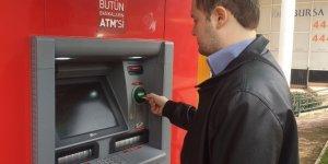Bankalar işsiz vatandaşa 20 bin lira limitli kredi kartı verdi