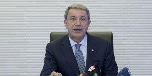Milli Savunma Bakanı Akar'dan askerlik sistemi ile ilgili açıklama