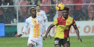 Galatasaray, İzmir'de tek golle kazandı