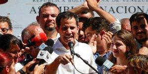 ABD, Venezuela halkının parasının kontrolünü Guiado'ya verdi