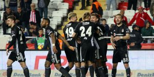 Beşiktaş Antalya'da farklı kazandı