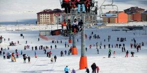 Kayak Tutkunlarının Hafta Sonu Tercihi Cıbıltepe Oldu