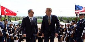 Bakan Akar'dan, ABD'de kritik görüşme