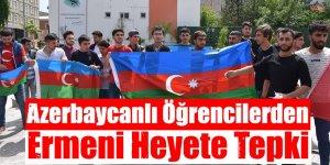 Azerbaycanlı Öğrencilerden Ermeni Heyete Tepki