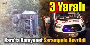 Kars'ta Kamyonet Şarampole Devrildi: 3 Yaralı