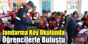 Jandarma Köy Okulunda Öğrencilerle Buluştu
