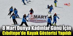 8 Mart Dünya Kadınlar Günü İçin Cıbıltepe'de Kayak Gösterisi Yapıldı