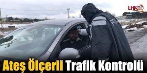 Sarıkamış'ta Ateş Ölçerli Trafik Kontrolü