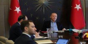 Erdoğan, Nihat Özdemir ve A Milliler ile video konferansla görüştü