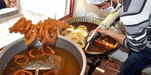 Ramazan ayının vazgeçilmez tatlıları görücüye çıktı