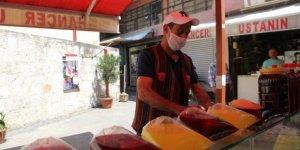 Ramazan sofralarının vazgeçilmezi: Meyan şerbeti