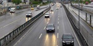 Kısıtlama sonrasında İstanbul'da hareketlilik başladı