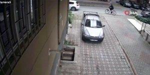 Sokağa çıkma kısıtlamasında 10 bin liralık bisiklet hırsızlığı kamerada