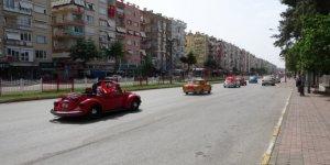 Kepez'de 19 Mayıs, klasik araç konvoyuyla kutlandı