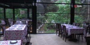 Koronavirüs sonrası açılmaya hazırlanan restoranlarda yeni dönem