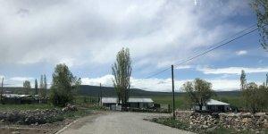 Kars'ta köy halkından 'evde kal' çağrısına tam destek