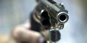 Ukrayna'da sokak ortasında silahlı çatışma: 10 gözaltı