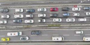 E-5'teki trafik yoğunluğu havadan görüntülendi
