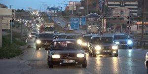 Türkiye yeniden yollara düştü, 'kilit kavşak'ta trafik yoğunluğu
