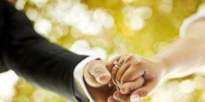 Pandemi döneminde çiftlere mutlu olma tavsiyeleri